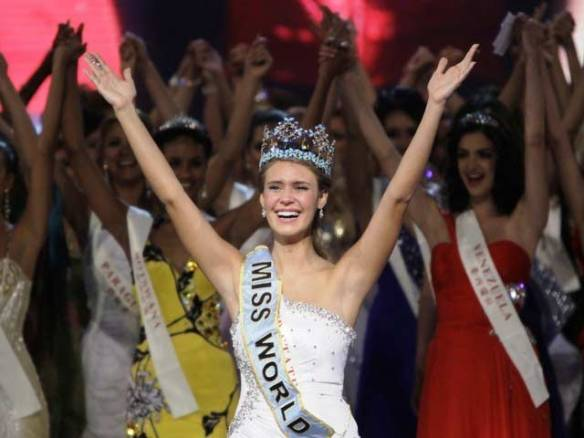 Pemenang Miss World 2010 (Elexandria Mills)
